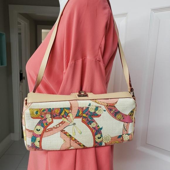 9c805145b4 Salvatore Ferragamo shoulder clutch bag. M 5ac66f6e61ca1031583bb077